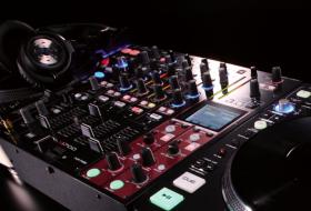 Matériel DJ débutant – le guide complet pour bien choisir