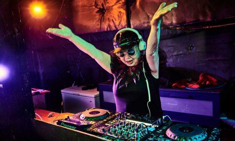 Comment ETRE DJ DEBUTANT (en partant de zéro)
