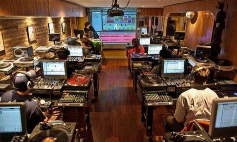 Quelle FORMATION DJ A DISTANCE choisir ?